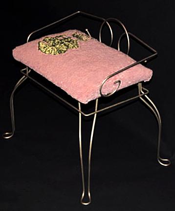 hooked wool water lily vanity chair
